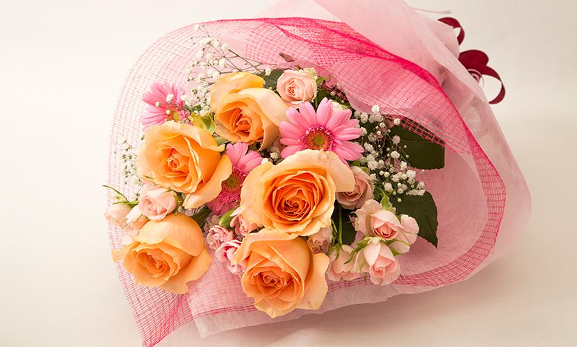 お祝い用花束(バラ)。送料・手数料無料。メッセージカード付。